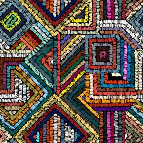 Materiał do szycia Haft - bezszwowe ornament. Kolorowe linie na czarnym tle. Ręcznie robione. Etniczne i plemienne motywy. Drukowanie w stylu cyganerii.