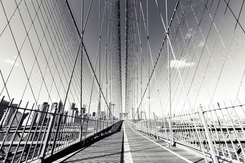 B & W Brooklyn Bridge, zdjęcie z NYC. Punkt orientacyjny NY.