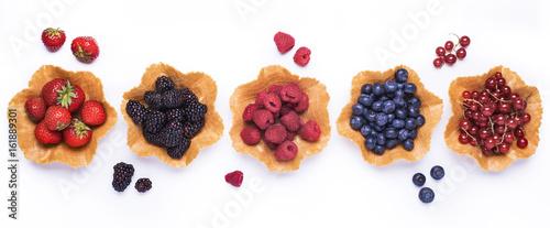 frutti di bosco - 161889301