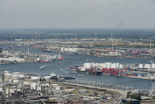 Foto op Plexiglas Antwerpen Aerial view on the Scheldt river running through the Port of Antwerp