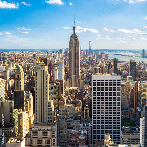 Blick auf Manhatten in New York City, USA Poster