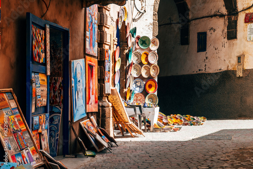 Papiers peints Maroc colorful handricrafts at moroccan shop in essaouita
