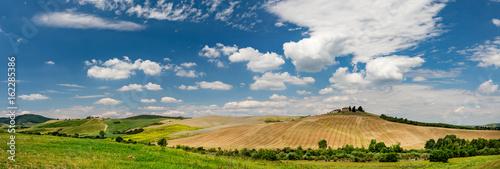 Tuscany scenery, Italy - 162285386