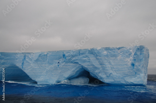 Foto op Canvas Antarctica Giant Tabular Iceberg in the Anarctic Weddell Sea