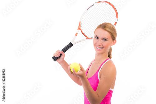 frau hat spaß am tennisspiel