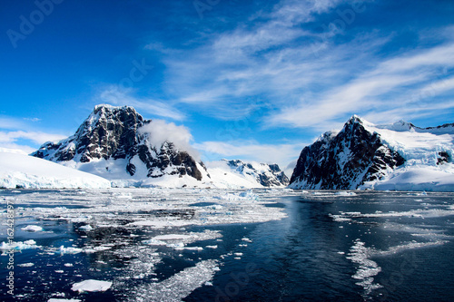Foto op Canvas Antarctica Beautiful landscape in Antarctica