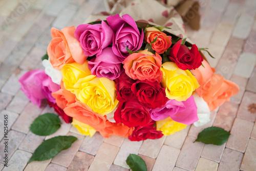 Frische  bunte Rosen