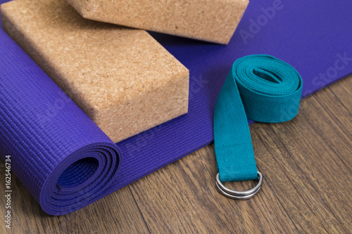 Plakat Yoga mat with blocks and strap