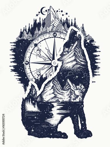 Wolf I Góry Podwójne Ekspozycje Tatuaż Sztuki Symbol