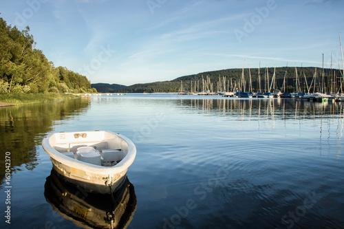 Leinwanddruck Bild Boote am Schluchsee im Hochschwarzwald, Germany