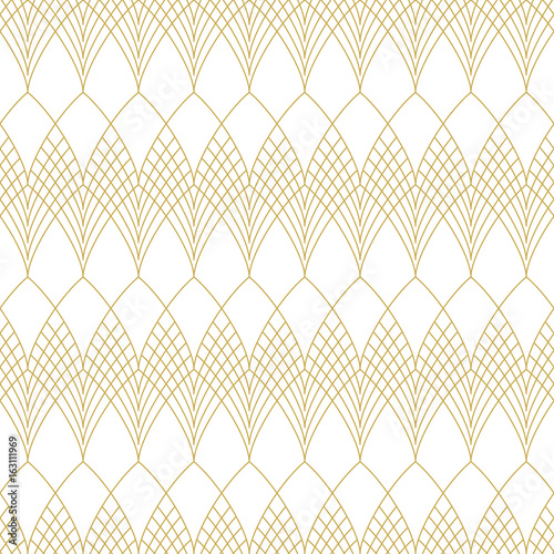 Slim line art deco scales. Seamless vector pattern - 163111969