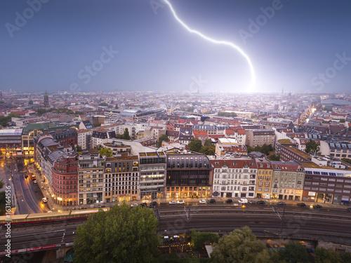 Blitzeinschlag in die Berliner Innenstadt