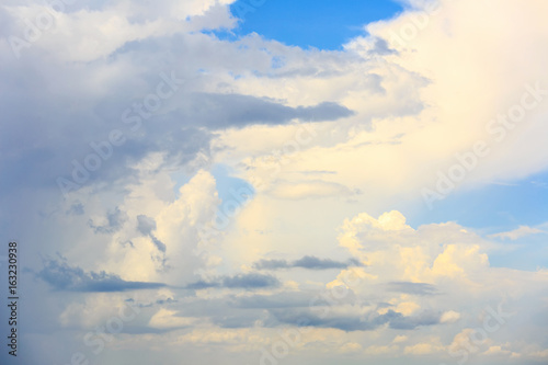 Foto op Canvas UFO cloud in blue sky for Background with beautiful sunlight