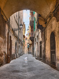 Pisa, Tuscany, Italy: narrow alley in the old town