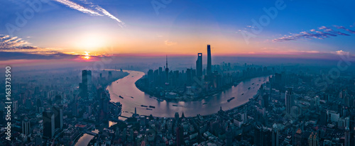 Fotobehang Shanghai Panorama of sunset with Shanghai city view