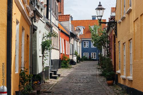 Fotobehang Smalle straatjes Aalborg Häuser