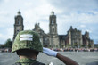 Soldado saludando