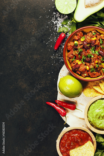 Mexican food - 163831514