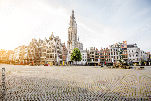 Foto op Plexiglas Antwerpen Morning view on the Grote Markt with beautiful buildings and church tower in Antwerpen city, Belgium
