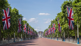 Fototapeta Fototapeta Londyn - The Mall and Buckingham Palace in London © chrisdorney