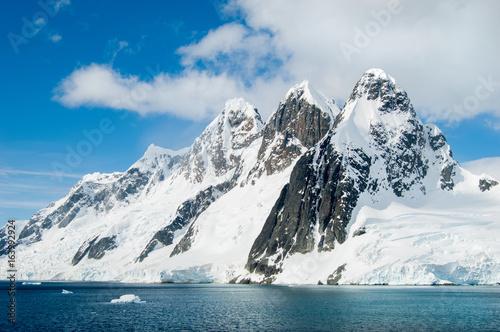 Papiers peints Antarctique Landscape images along the Antarctic Peninsula.