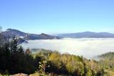 Marza mgieł w Pieninach w jesienny poranek
