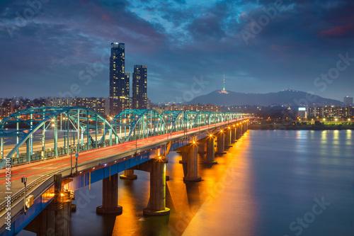 Fotobehang Seoel Seoul. Image of Seoul, South Korea with Dongjak Bridge and Hangang river at twilight.