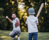 Fototapety Dad with son playing baseball