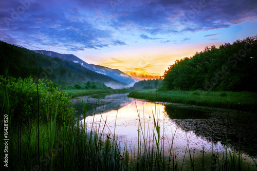 Panel Szklany Sunset over the Ribnica river in Slovenia