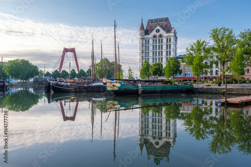 Staande foto Rotterdam Rotterdam city cityscape skyline with, Oude Haven, Netherlands.