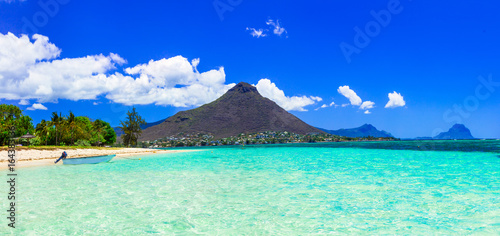 Keuken foto achterwand Donkerblauw Beautiful Mauritius island with gorgeous beach Flic en flac