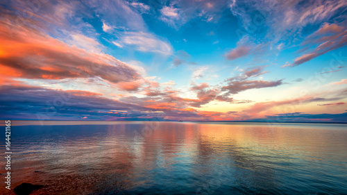 Tuinposter Zee zonsondergang Sunset at Lake superior