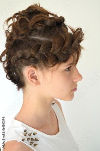 Прическа на средней длине волос  © yuliyam