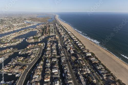 Aluminium Strand Sunset Beach waterfront homes aerial view in Orange County California.