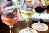 Wine - 164572731