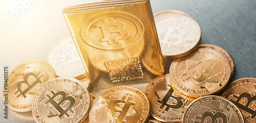 Internet-Währung Bitcoin - Digitale Kryptowährung - 164610375