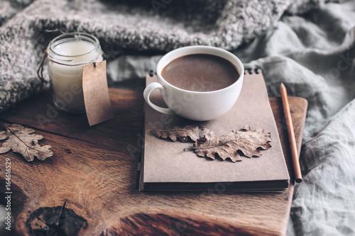 Cozy autumn weekend - 164616529