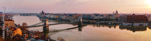 Fotobehang Boedapest Panoramic overview of Budapest with the Parliament building