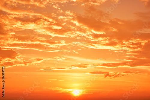 Foto op Canvas Baksteen 美しく染まる雲の背景イメージ