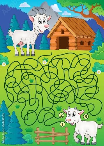 Tuinposter Voor kinderen Maze 32 with goat theme