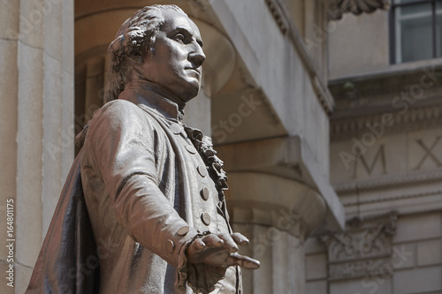 Foto Murales George Washington statue in front of Federal Hall, New York