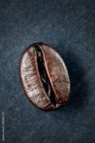 Foto op Aluminium Koffiebonen roasted coffee beans