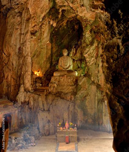 Bouddha de la montagne de marbre