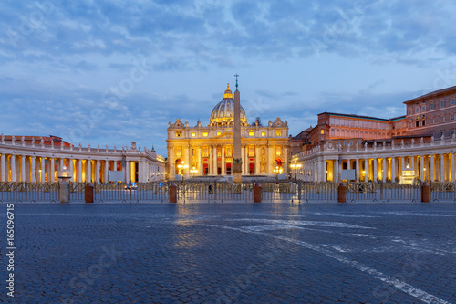Foto op Canvas Praag Rome. Saint Peter's Cathedral.