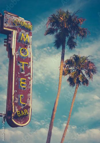 Aluminium Palm boom Motel Sign And Palms