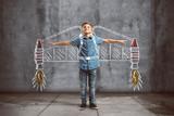 Kind mit gemaltem Jetpack - 165186797