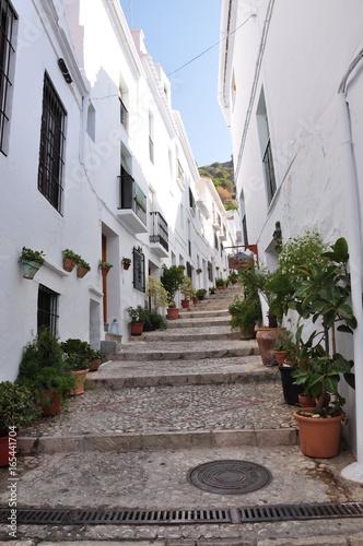 Rue piétonne en escalier en Andalousie