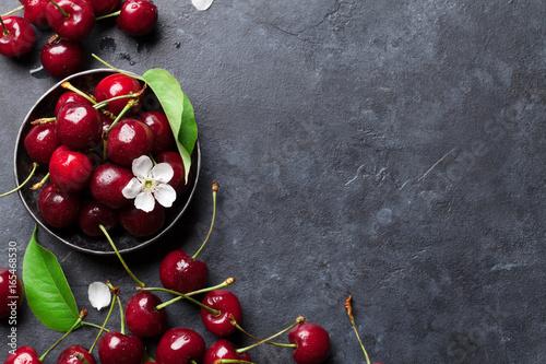 Fresh garden cherry - 165468530
