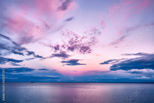 Foto Murales Pink Sunset Lake Superior with Boat Ship