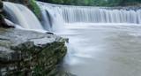 Panorama eines idyllischen Wasserfall